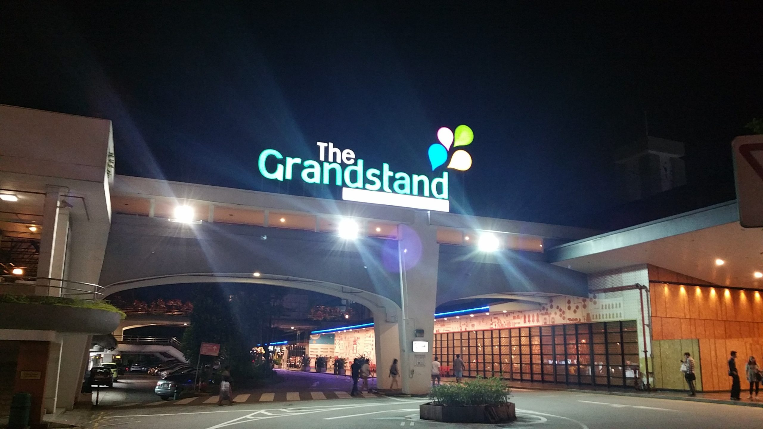 the-linq-at-beauty-world-the-grandstand-singapore